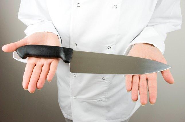 Зошто кујнските ножеви стануваат  тапави